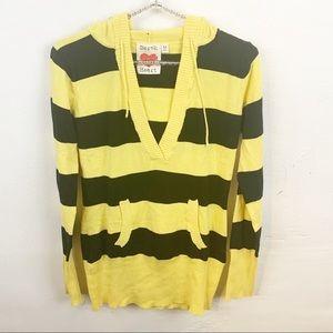 Derek Heart l Striped Hooded Sweater